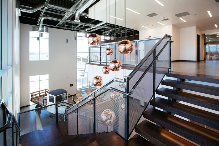 杨浦厂房办公设计 | 500m²